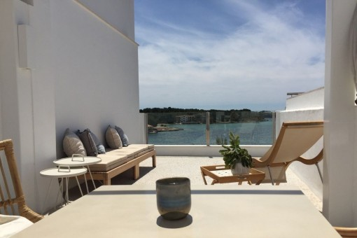 Town house on the 1st sea line in Portocolom