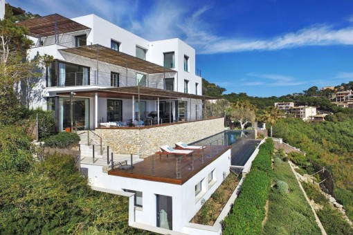 Exterior view of the fantastic designer-villa