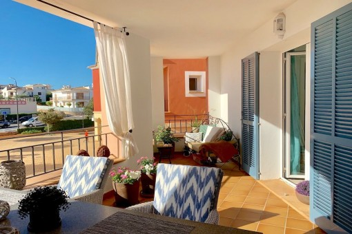 Centrally located stylish apartment in well maintained residential complex of Portocoolom