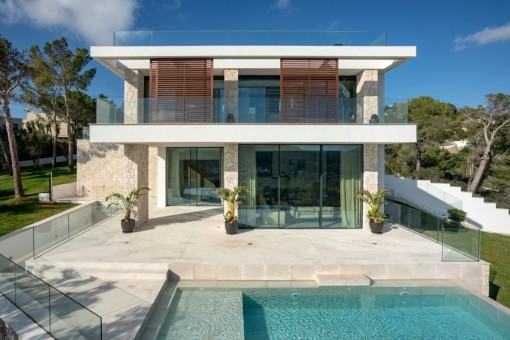 Exclusive new-built villa with pool in Port Andratx