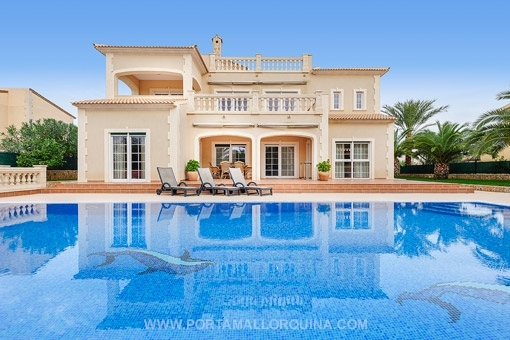 High quality and modern villa in Italian and classical style - Vallgonera