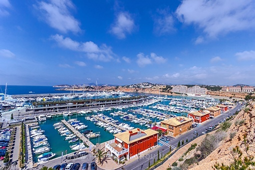 Beautiful sea view apartment in Port Adriano