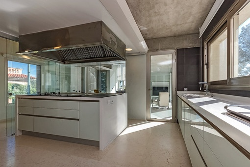 Unique kitchen with cooking island