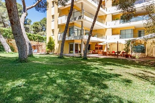 Calmly located ground floor apartment with large private garden in Sol de Mallorca