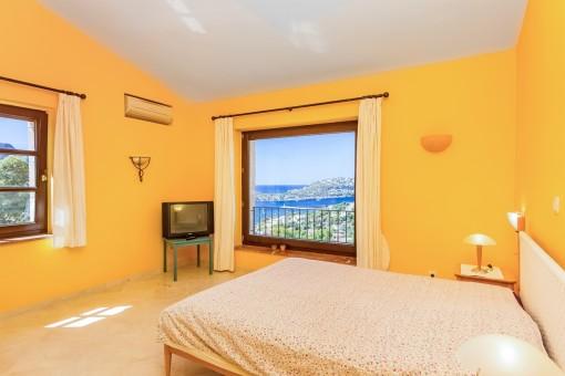 Alternative views of the master bedroom
