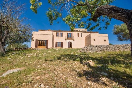 Large country house with a lot of potential in San Lorenzo