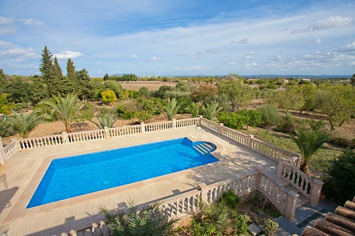 Charming and exclusive stone finca with panoramic views, spacious pool and sun decks in Binissalem