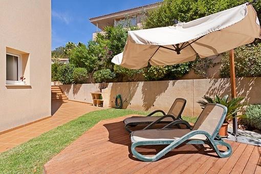 Nice duplex ground floor apartment in Bonanova with private garden, swimming pool and garage