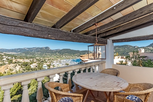 Idyllic terrace with views of the surroundiing