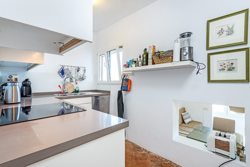 Kitchen on the middle floor