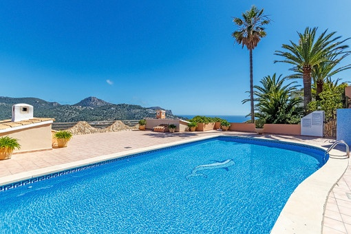 Inviting community pool with impressive views