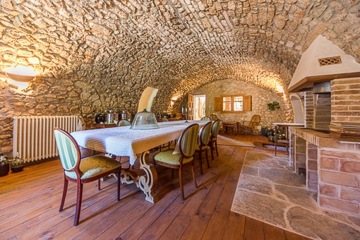 Authentic vault with dining area