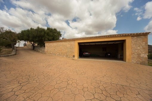 Garage from the finca