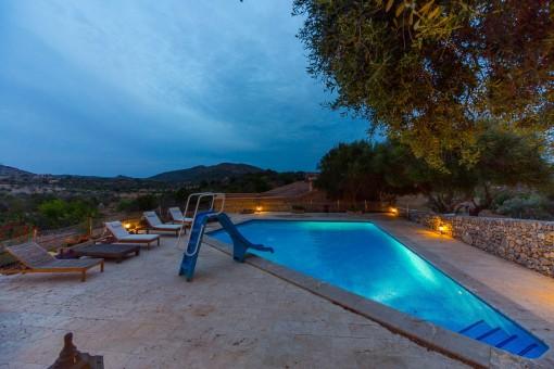 Pool views by night