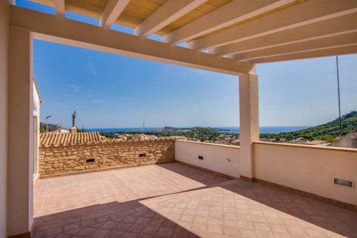 Completely gutted and NEWLY constructed townhouse in Capdepera with sensational sea views