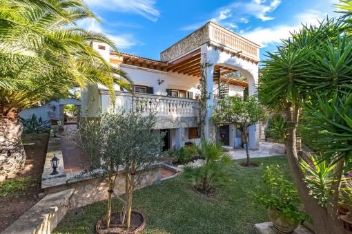 Elegant property, in top condition in Nova Santa Ponsa