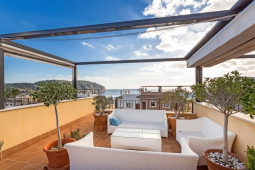 Roof terrace with mediterran sea views