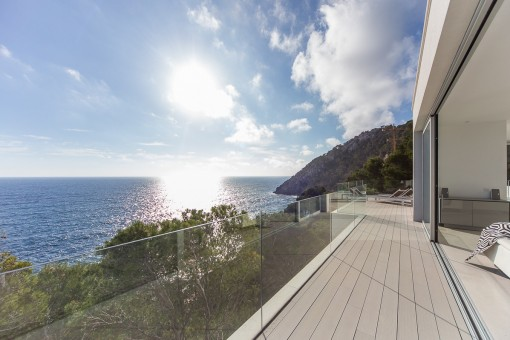 Balcony with mediterran sea views