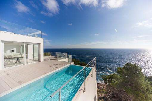 Mediterran sea views from the balcony