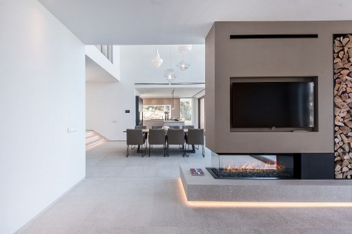 Impressive fireplace in the living area