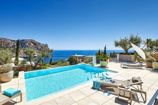 Idyllic pool area with mediterran sea views