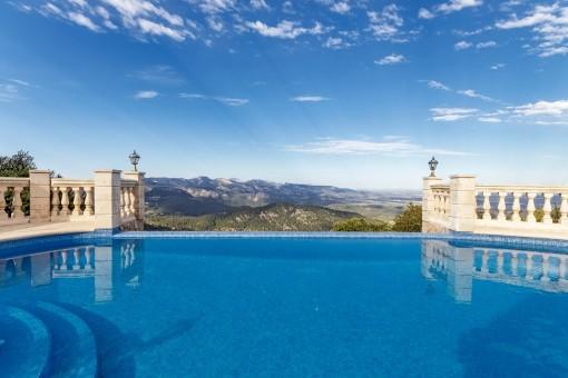 Imponerande villa med, utan tvekan, en av de bästa utsikterna i Mallorca