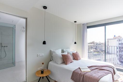 Bright doube bedroom