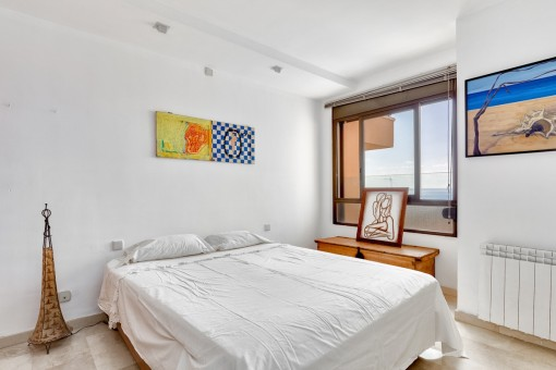 Double bedroom with heating