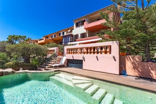 Otroligt duplex i Portals med egen uppvärmd pool och fantastisk havsutsikt