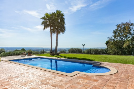 Wonderful pool and garden area with spectacular views