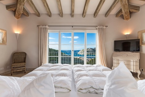 Panoramic windows offer lovely sea views