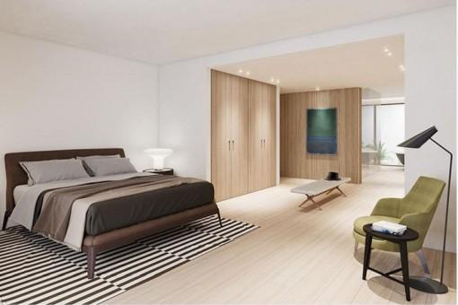 Spacious bedroom with dressing room and bathroom en suite
