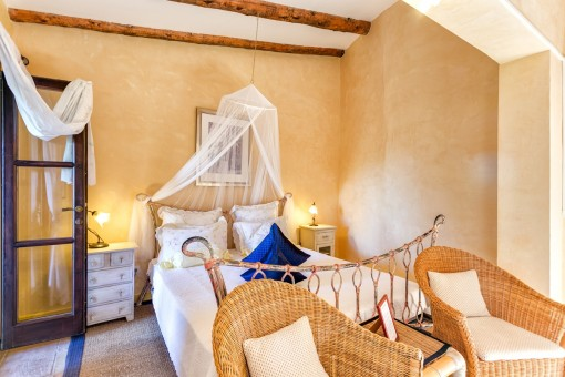 The finca has 6 double bedrooms