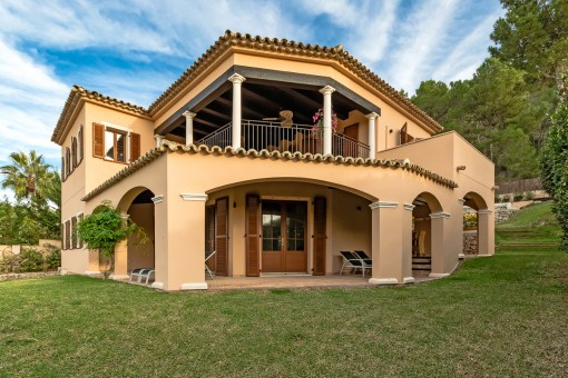 Wonderful finca-style villa in Santa Ponsa