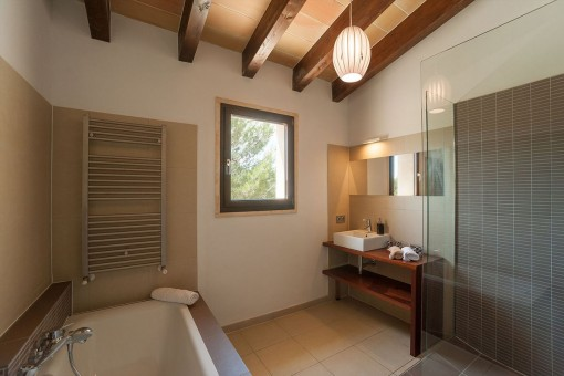 Lovely bathroom with shower and bathtub