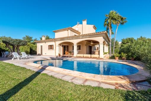 Gorgeous pool area and garden
