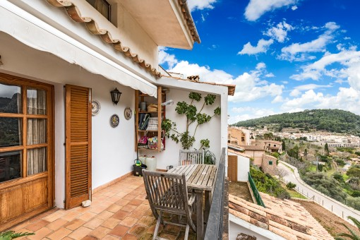 Beautiful apartment with terrace and panoramic views in Bunyola
