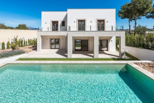 Fantastic pool area and terrace