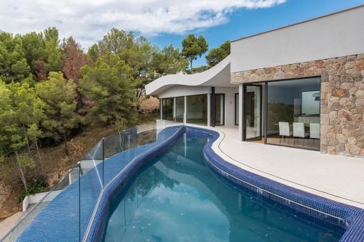 Unique pool on the terrace