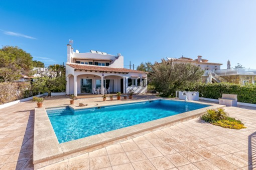 Holiday home in Cala Pi with wonderful views of the island of Cabrera