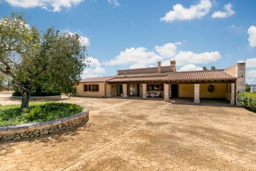 Driveway of the villa