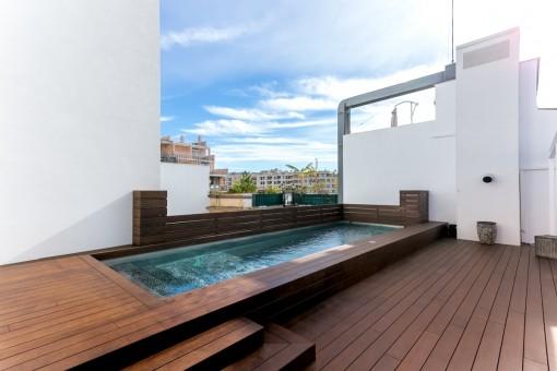 Appealing pool area