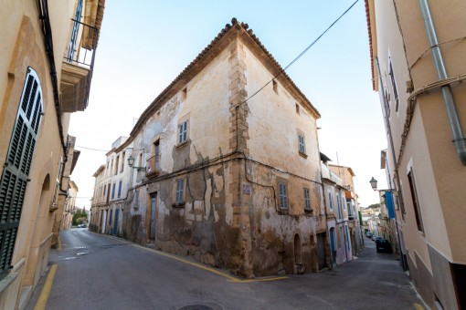 Traditional village house located in the heart of Artà