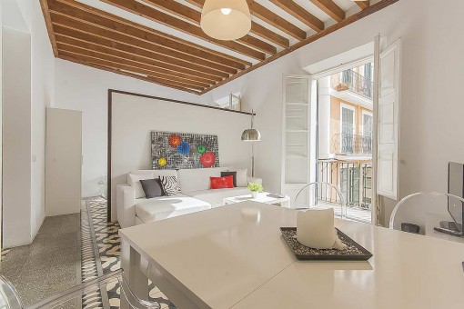Renovated apartment with high-quality furnishings and balcony in the heart of Palma's old town