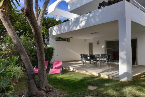 Fantastic terrace with garden