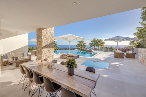 Appealing dining area on the terrace