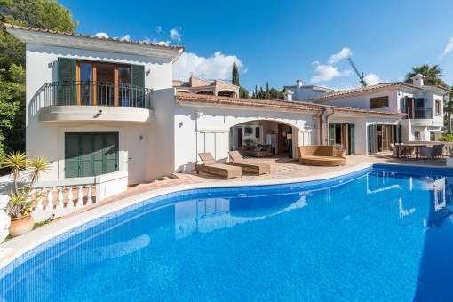 Mediterranean villa in the prestigious...