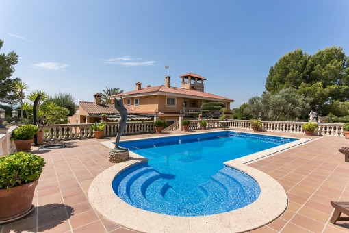 Villa property in Puntiro: exclusive,...
