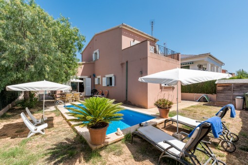 Comfortable detached house with pool in Son Ferrer