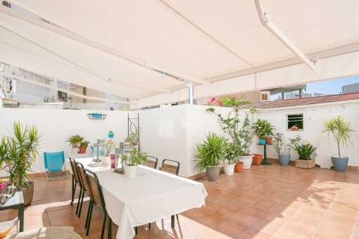 Charming 4-bedroom apartment with terrace in Santa Catalina